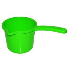 Ковш пластиковый 1.3 л с носиком Милих 6119